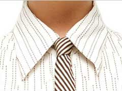 Skinny tie with Four In Hand Knot