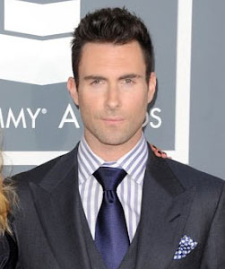 Adam Levine with Oblong Face Using Wide Spread Collar and Full Windsor Knot