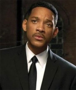 Will Smith wearing a traditional collar