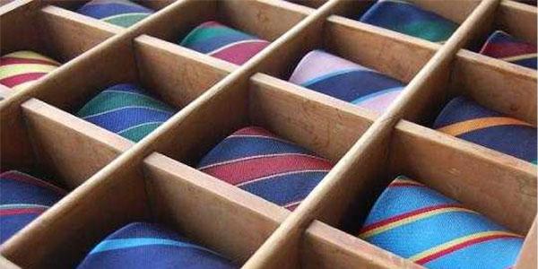 Wooden Tie Organizer - Art of Style