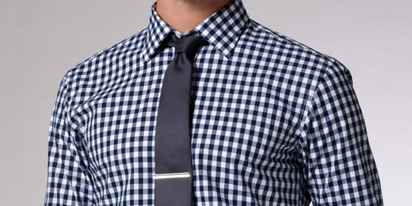 Solid Tie with Patterned Gingham Shirt