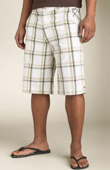 Plaid shorts and slippers for the summer