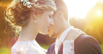 Relationship Troubles? 6 Ways To Make Your Marriage Work